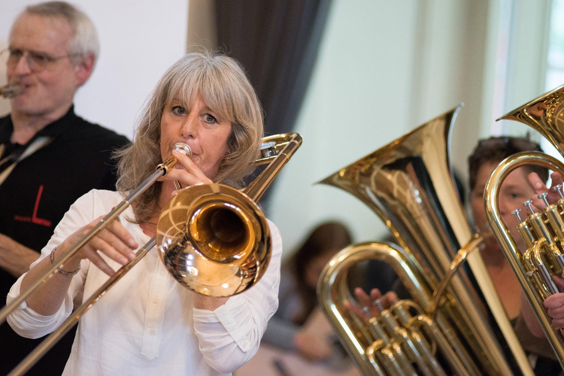 Konzert des Anti-Aging Bläserensembles im Ballsaal des Alten Kurhauses - music loft | Freie Musikschule Aachen