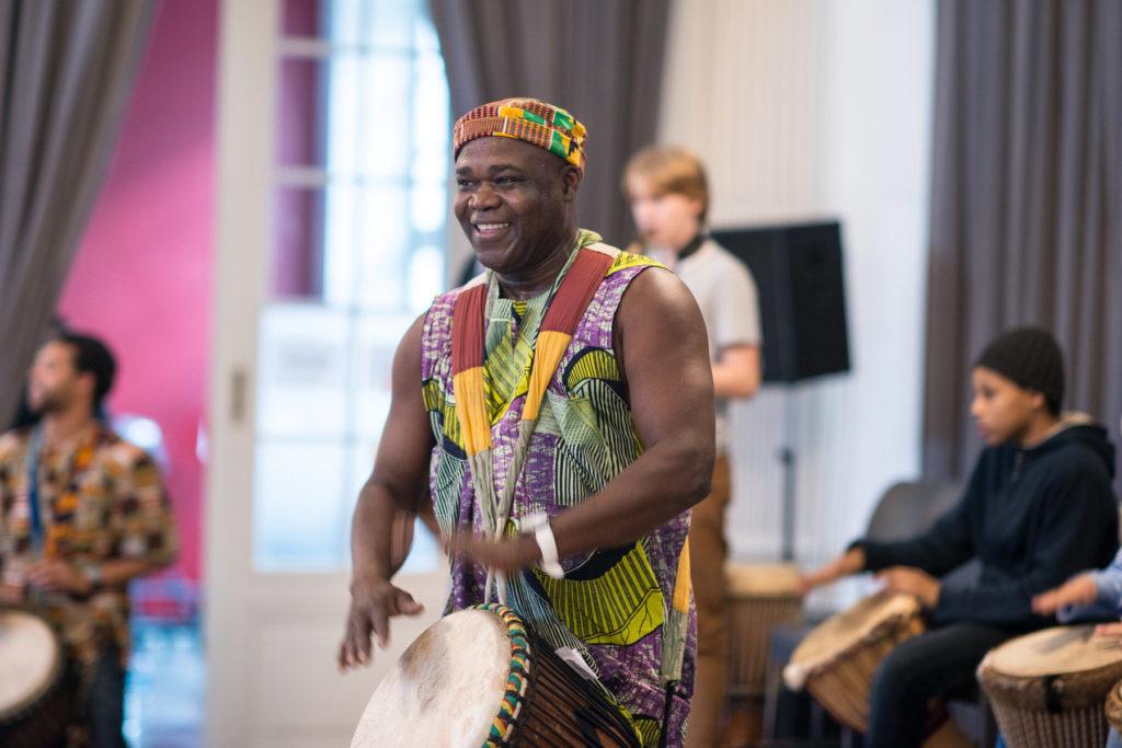 Afrikanisch Trommeln mit Pascal Salimou - music loft | Freie Musikschule Aachen