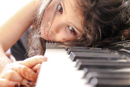 Töne und Musik entdecken am Klavier - music loft | Freie Musikschule Aachen